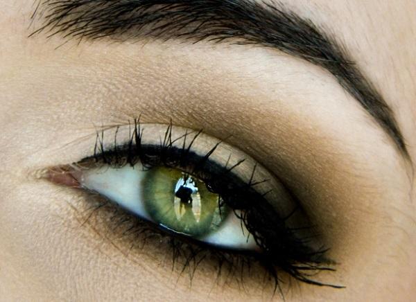 Дневной смоки айс для зеленых глаз