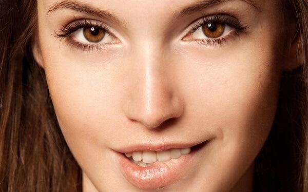 Nude-макияж для карих глаз