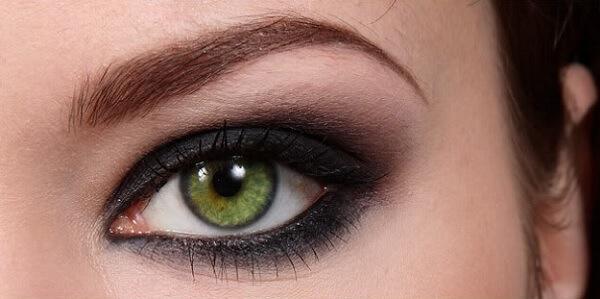 Макияж для зеленых глаз и полного лица фото
