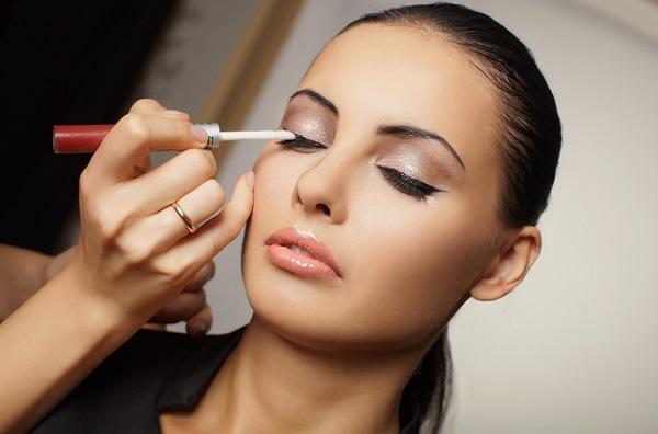 Нанесение вечернего макияжа