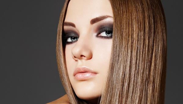 Вечерний макияж для серо-голубых глаз