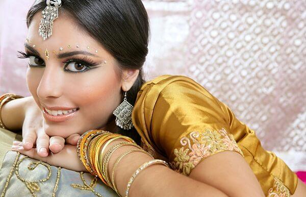 Индийский повседневный макияж