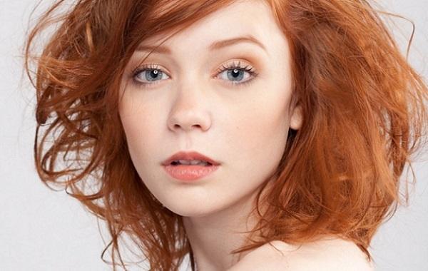 Мейк-ап для рыжих волос и серо-голубых глаз