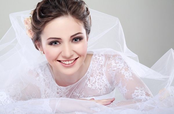 Свадебный макияж для темных волос
