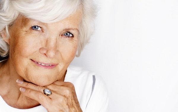 Вариант макияжа для пожилой женщины
