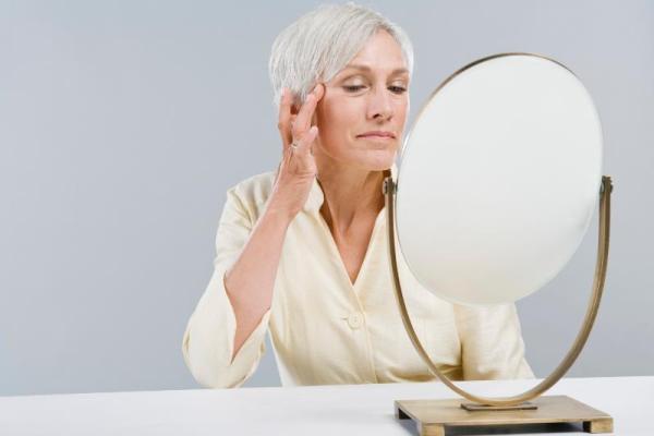 Для подтяжки кожи лица необходимо использовать лифтинг крем