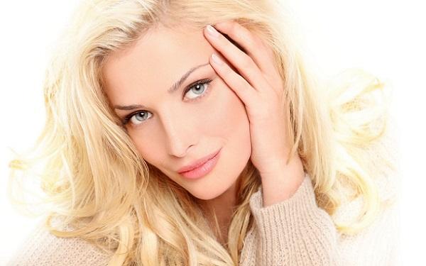 Макияж блондинки с серыми глазами
