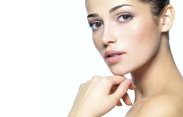 Повседневный легкий макияж для карих глаз