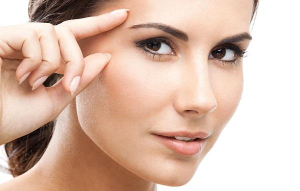Повседневный макияж должен обладать универсальностью