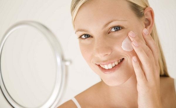 Для естественного макияжа кожа должна быть в хорошем состоянии