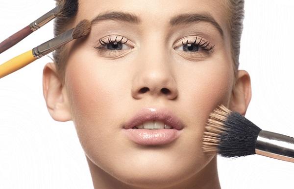 Весенние коллекции макияжа - 2016 Beauty Insider 99
