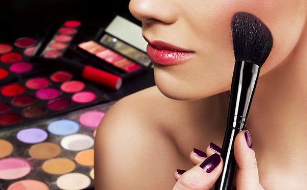 Средства для макияжа глаз
