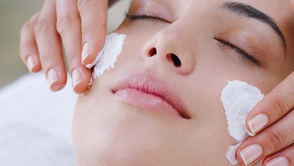 Применение китайской маски для лица почти моментально улучшает состояние кожи