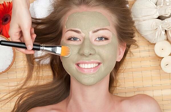 Для самостоятельного приготовления маски можно использовать различные доступные ингредиенты
