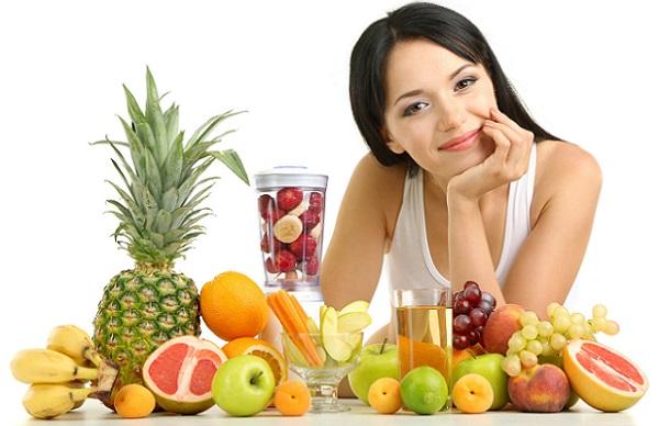Употребление на завтрак овощей и фруктов поможет сохранить кожу лица в хорошем состоянии и улучшить эффект от масок