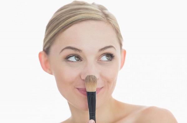 Основа может иметь различную текстуру, которая подходит под определенный тип кожи