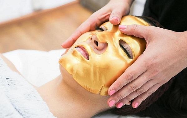 Использование коллагеновой маски позволяет вернуть коже ее естественные свойства