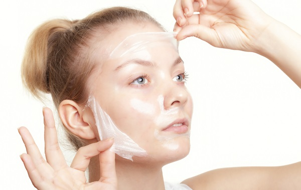 Маски из аптеки используются как для проблемной кожи, так и для поддержания здоровой в должном состоянии