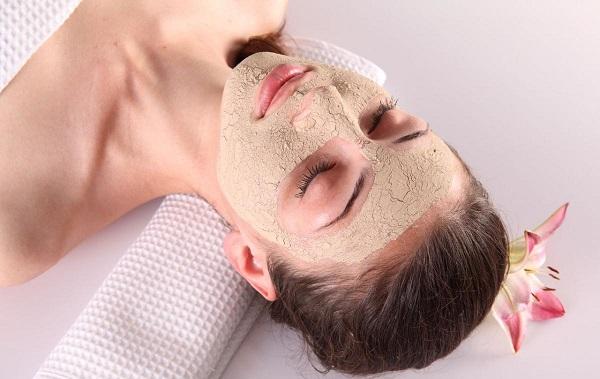 Многократное применение освежающих масок позволит достичь лучшего результата