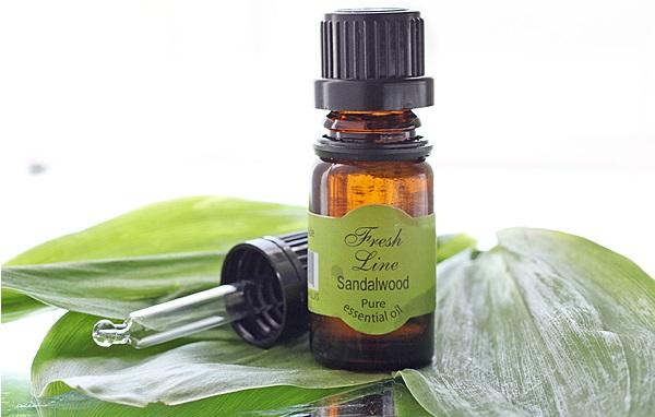 Для придания коже здорового тона применяется сандаловое масло