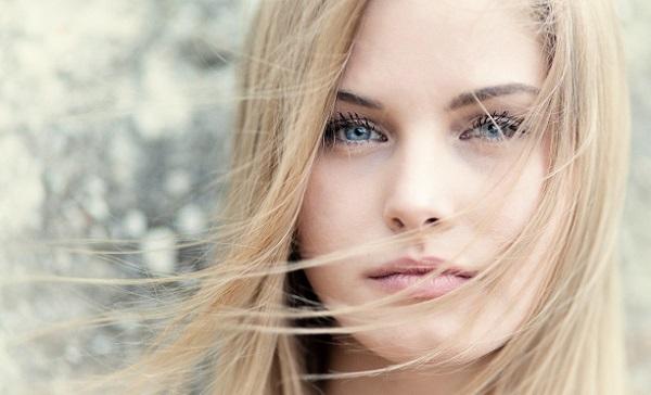 Естественный макияж для светло-голубых глаз