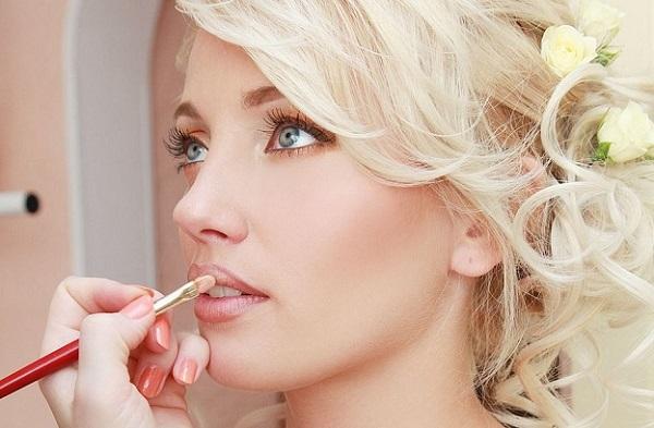 Свадебный макияж для серо-голубых глаз