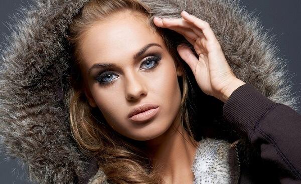 Вариант макияжа синих глаз в клуб
