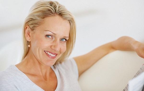 Омолаживающий макияж 50-летней женщины