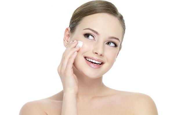 Крем для лица необходим в любом макияже