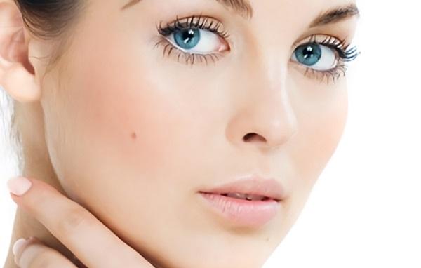 Повседневный макияж для круглого лица