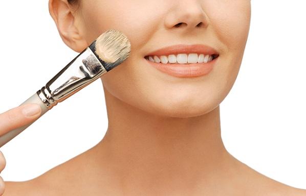 Тональный крем - основа любого макияжа