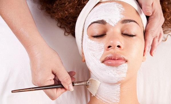 Пилинг поможет сохранить кожу здоровой