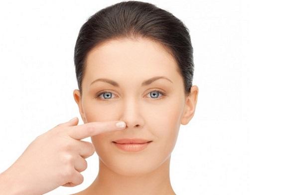 Любую форму носа можно скорректировать с помощью макияжа