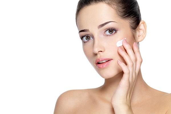 После использования маски следует увлажнять кожу