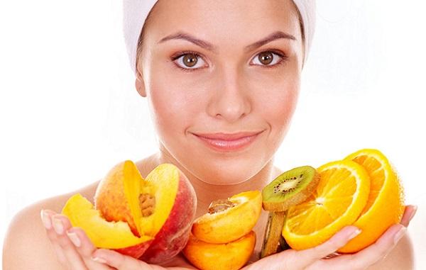 Эффективные маски можно приготовить из фруктов