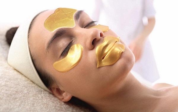 Коллагеновые маски незаменимы для ухода за возрастной и поврежденной кожей