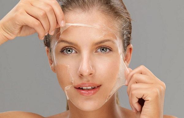 С целью регенерации кожных покровов лица рекомендована силиконовая маска