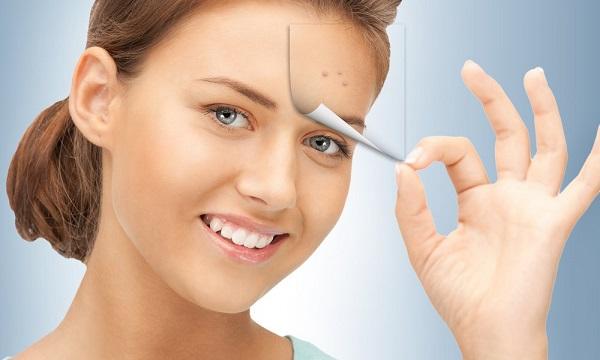Особенно полезной окажется аспириновая маска при высыпаниях на лице