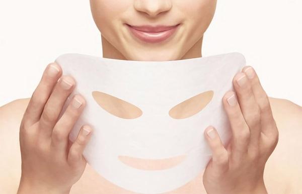 Эффективными являются плацентарные маски в виде пропитанных салфеток